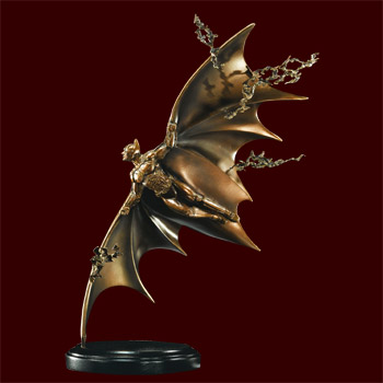 Batman Begins Flying - Statue