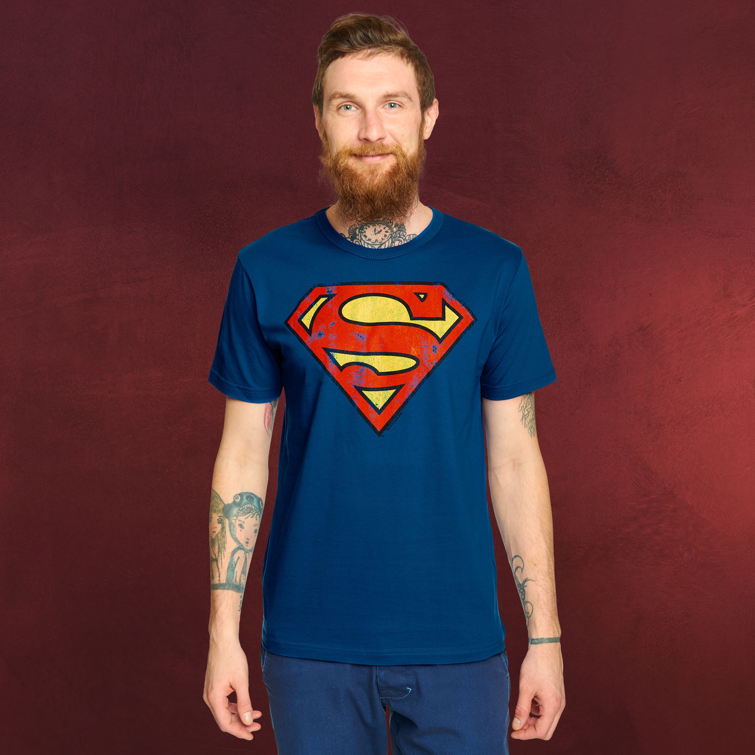 Superman logo t-shirt, superhelden motiv, comic held, lässiger retro