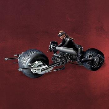 Batman The Dark Knight Rises - Catwoman Bat-Pod Modellbausatz M 1:18