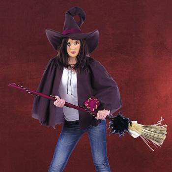 Hexenumhang mit Hut