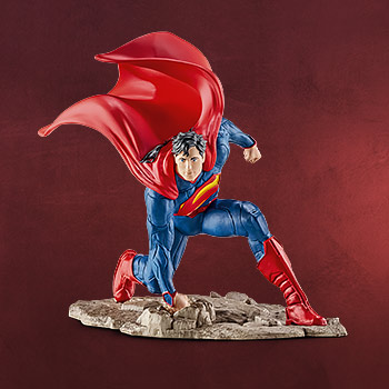 Superman - Comic Figur kniend